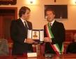 il-ministro-raffaelefitto-premiato-dal-sindaco-francesco-spina