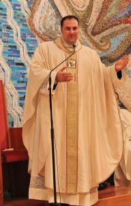 Don Francesco Colangelo, nuovo Parroco di Stella Maris