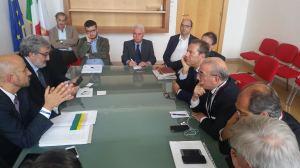 L'incontro fra la delegazione ANCI ed il Presidente Michele Emiliano