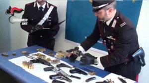 carabinieri-parisi-ba-centro-armi