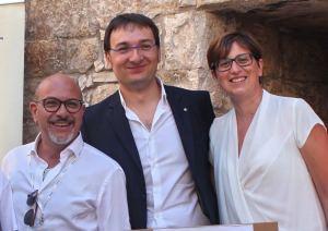 Da sinistra: Mauro Pedone, Presidente Rotary Club Bisceglie; Gaetano Lopopolo, Presidente Rotaract Bisceglie; Antonella